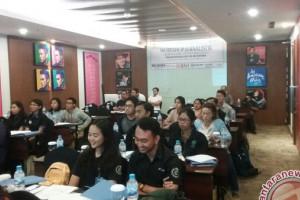 Puluhan Mahasiswa-Humas Ikuti Pelatihan Jurnalistik LKBN Antara Bali (video)