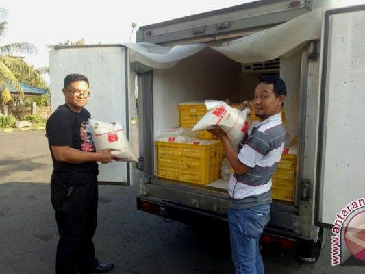 Polisi Pelabuhan Gilimanuk Sita Susu Segar