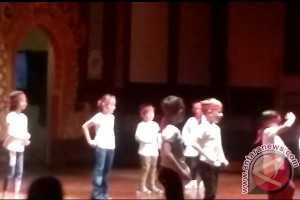SIS Students Performed the Decades Dance video