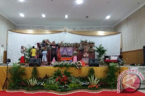 Vyasa Puja Sripad Caitanya Candra GM Ke-72 Dipusatkan di Singaraja (video)
