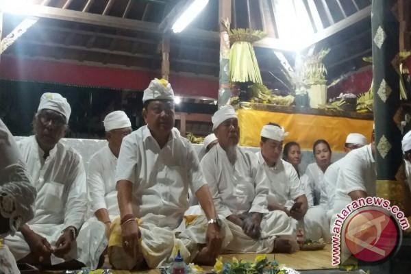 Wali Kota Denpasar ikuti persembahyangan Siwaratri