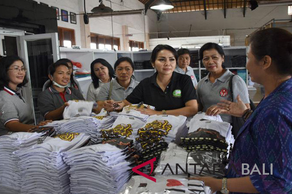 Dekranasda Denpasar minta pelaku UKM kembangkan desain