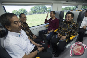President Jokowi Inaugurates Operation Of Soekarno-Hatta Train