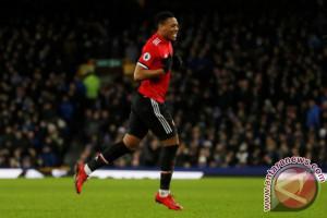 Manchester United menang tipis 1-0 atas Burnley