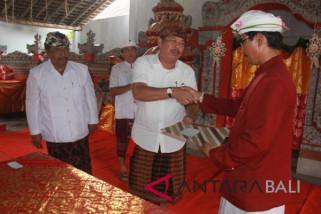Bupati Jembrana: hubungan desa adat-desa dinas harus harmonis
