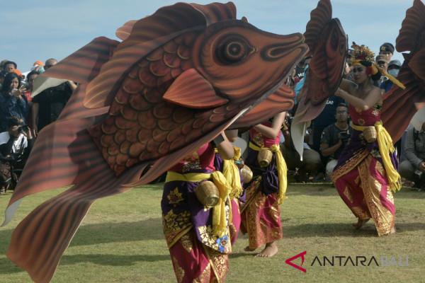 Wabup Badung apresiasi Festival Pantai Berawa