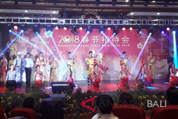Seniman Bali dan Tiongkok bawakan kesenian kolaborasi
