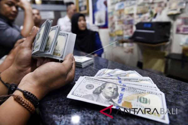 KUPVA Bali urus izin pembawaan uang asing