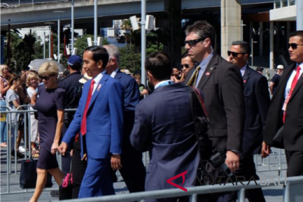 Presiden Jokowi santap siang di Admiralty House Sydney