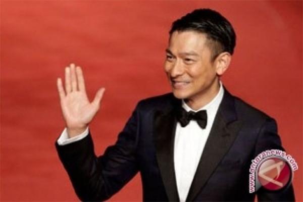 """Serahkan diri, penyebar """"hoax"""" konser Andy Lau"""