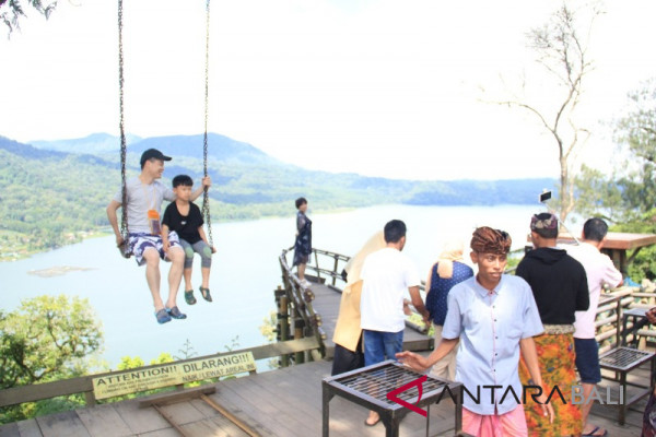 Desa Wanagiri semakin banyak dikunjungi wisatawan