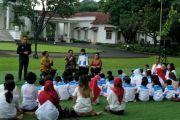 Presiden Jokowi bersilaturahim dengan Yayasan Kanker Anak Indonesia