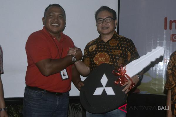 Telkom serahkan hadiah Indihome Specta Grand Prize