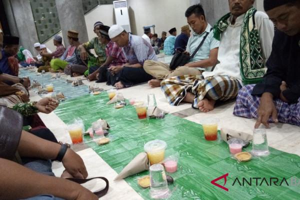 Masjid Baiturrahman Denpasar gelar Takjil-Tarawih ala Masjidilharam