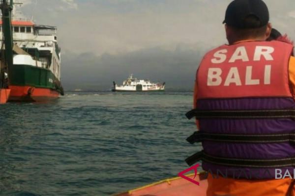 KMP Trisna Dwity kandas, SAR Jembrana evakuasi penumpang