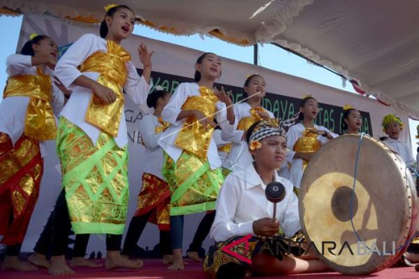 Parade Budaya Lintas Agama