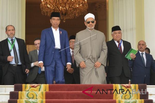 Presiden Buka KTT Wasathiyah Islam