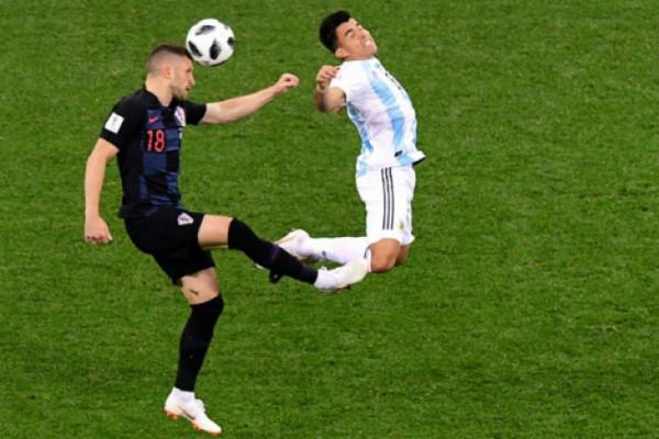 Daftar tim tersisih dan yang lolos ke 16 besar Piala Dunia