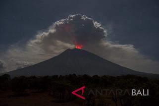 PVMBG: magma baru tambah tekanan Gunung Agung