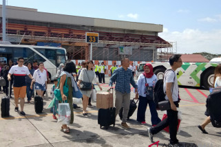 Domestic visitors begin departing from Bali