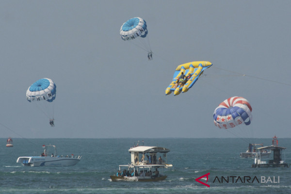 Aktivitas wisata bahari Tanjung Benoa tetap normal