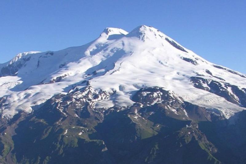 Tiga pendaki Indonesia capai puncak Elbrus Rusia