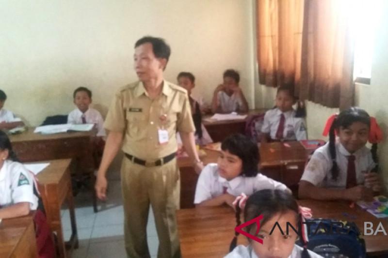 Sekolah Jembrana tampung anak pengungsi korban gempa