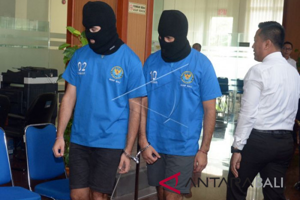 BC Bali gagalkan lima warga asing selundupkan narkoba