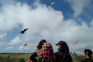 Lomba layang-layang awali HUT Kemerdekaan di Nusa Penida