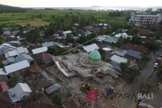 BMKG Denpasar: wisatawan tak perlu cemaskan pasca-gempa (video)