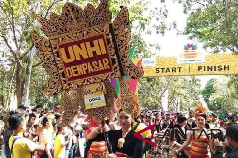 Unhi Denpasar sabet juara pertama karnaval budaya