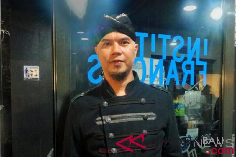 Musisi Ahmad Dhani dicegah ke luar negeri enam bulan
