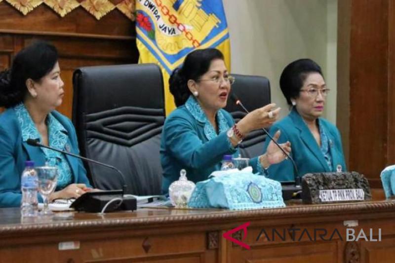 Gubernur kukuhkan Bunda PAUD Bali periode 2018-2023