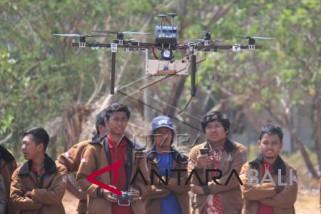 Jelang Kontes Robot Terbang Indonesia