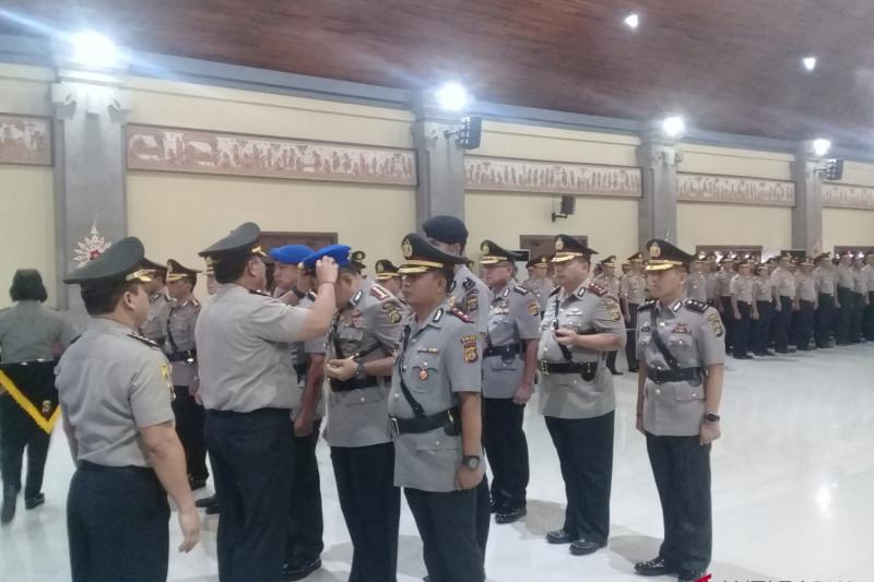 Kapolda Bali pimpin Sertijab tujuh pejabat utama