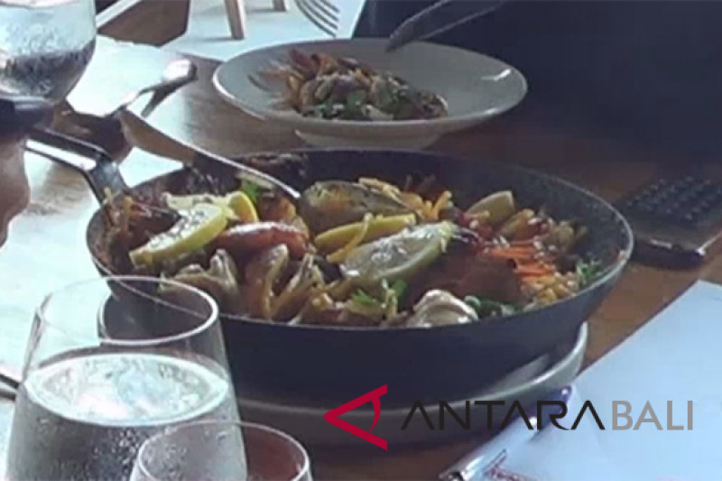 """Steak Spanyol"" goda lidah wisatawan di Bali"