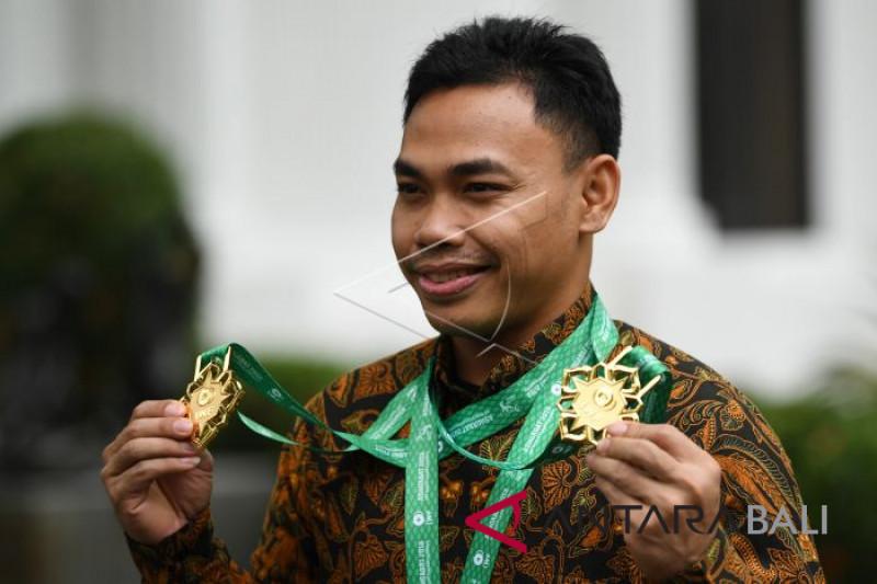 Lifter Eko Yuli diterima presiden