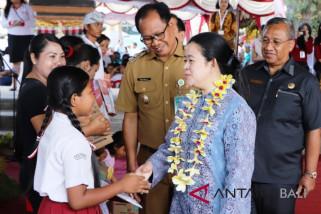 Puan kunjungi kampung KB di Badung video