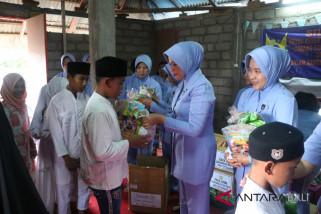 PIA Lanud Ngurah Rai kunjungi Panti Asuhan Al-Azim
