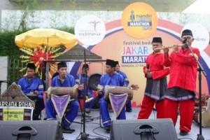Festival Budaya Semarakkan Jakarta Marathon 2013