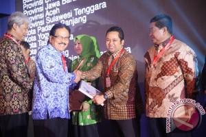 Wali Kota Tangerang Raih National Procurement Award