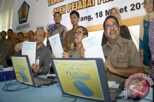 Gubernur Banten Sampaikan SPT PPH Secara E - Filling
