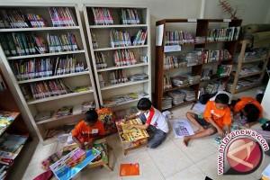 Banten Targetkan Satu Desa Satu Taman Bacaan
