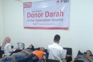 Alfamart Serang Gelar Donor Darah Pertama
