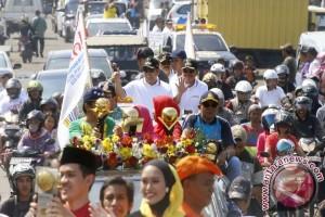 Piala Adipura Kirana Diarak Keliling Kota Tangerang