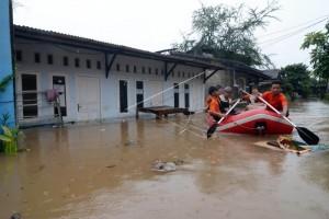 """Sungai Ciujung-Ciberang Berstatus """"Awas Bencana Banjir"""""""