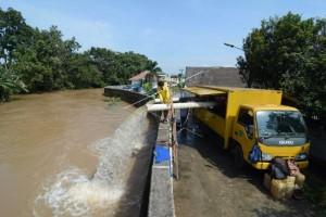 Pemkot Tangerang Siagakan Pompa Penyedot Air