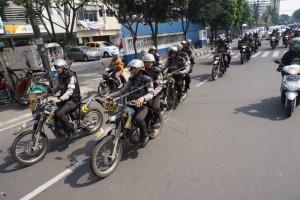 Petugas Gabungan Patroli Pasca Bentrok Angkot-Ojek Daring