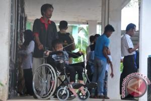 Pemkab Bantu Penyandang Disabilitas Yatim dan Lansia