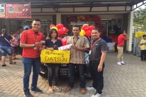 Konsumen Alfamart Raih Mobil Datsun